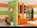 Ambient alb, orange si verde cu faianta si gresie Orotava